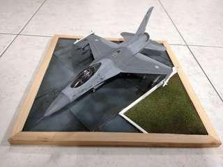 1/48 F16A Pakistan Air Force with base