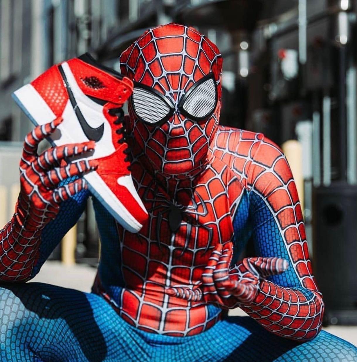 Air Jordan 1 (Spiderman), Men's Fashion
