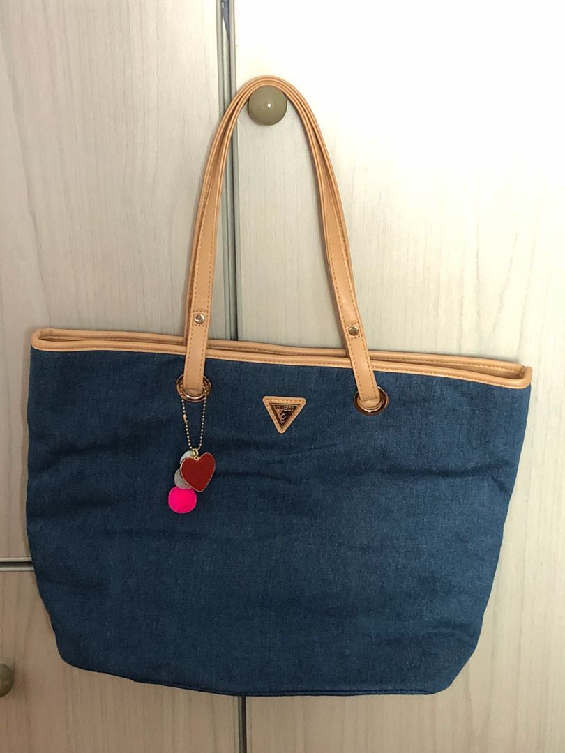 f639d18909 Brand new GUESS handbag for sale