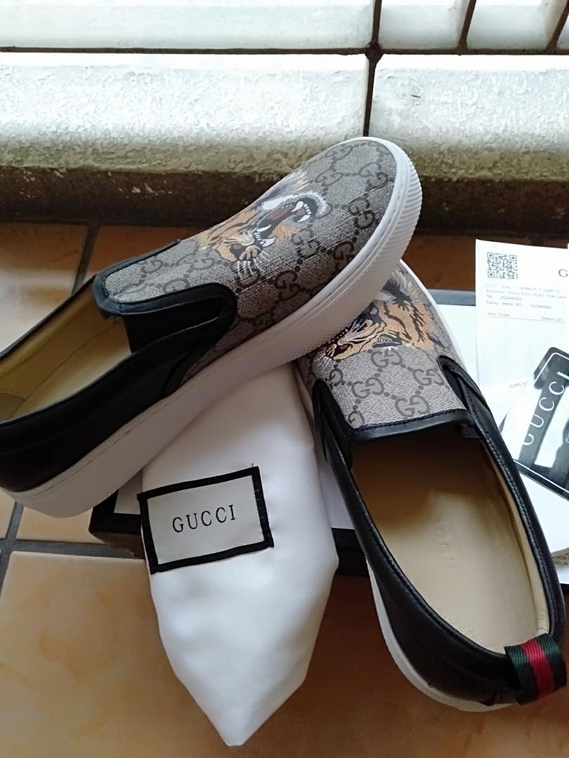 d19237010 Gucci Men Slip on, Men's Fashion, Footwear, Sneakers on Carousell