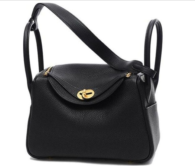 74cf79d92360 Hermès - Lindy 26 Clemence Black Gold Hardware. Fresh from the store ...