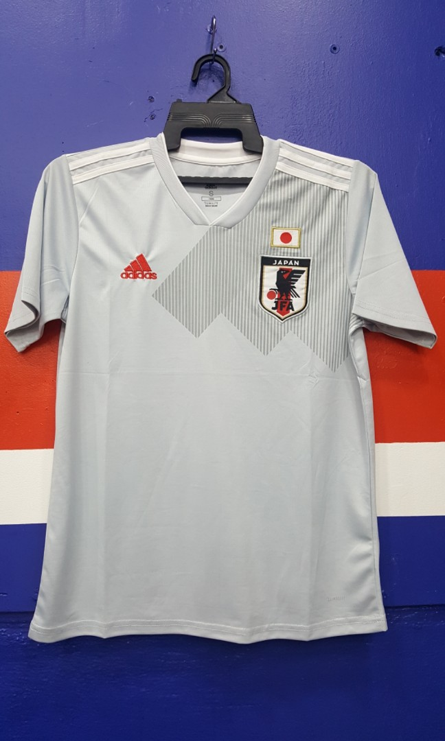 38cbbe35dae Japan away jersey 2018/19, Sports, Sports Apparel on Carousell
