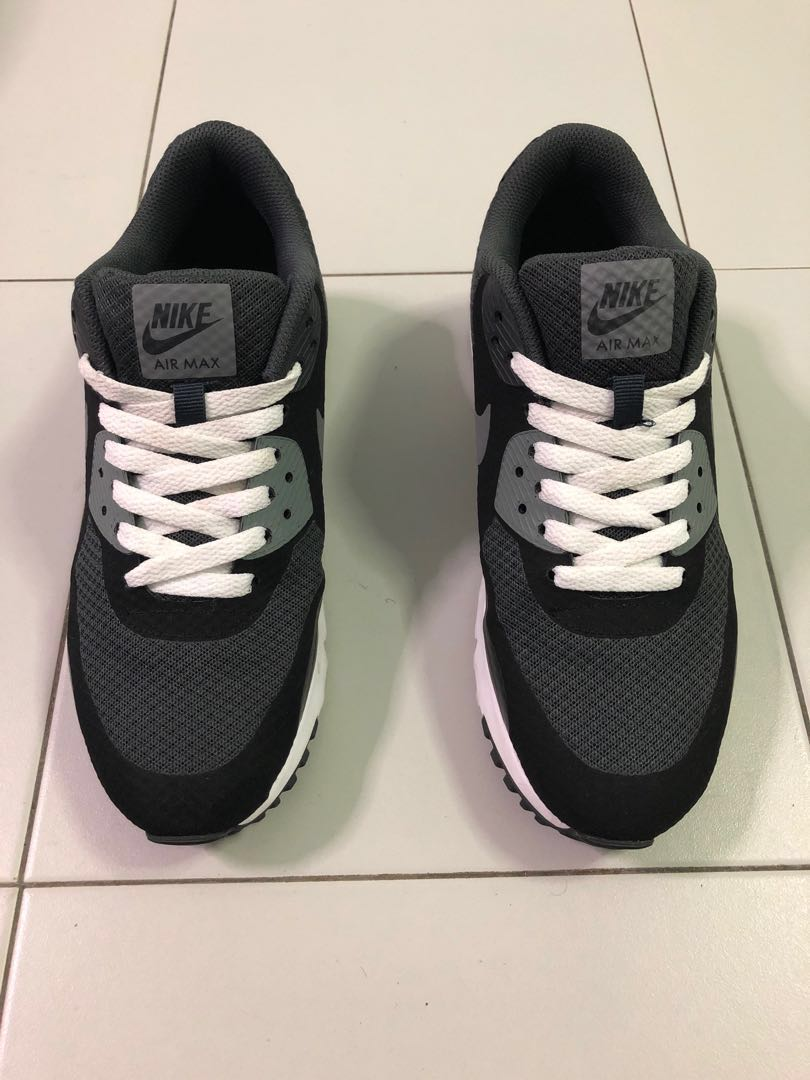 online store 74e69 d448b Nike Air Max 90 ULTRA ESSENTIAL, Men s Fashion, Footwear, Sneakers ...