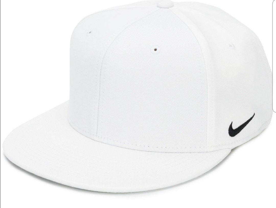 bba5cd7e53d65 Nike Logo Fitted Cap S M Size
