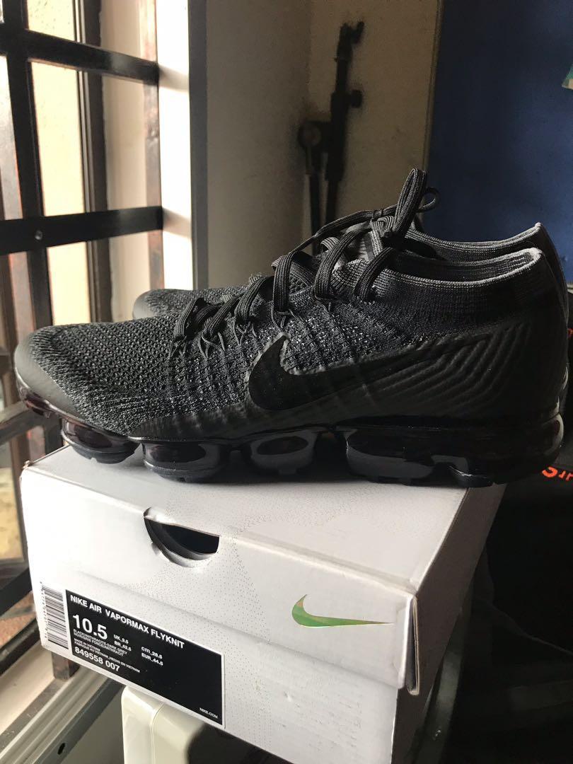 cf692a3237 Nike Vapormax 1.0 Triple Black, Fesyen Lelaki, Kasut Lelaki ...