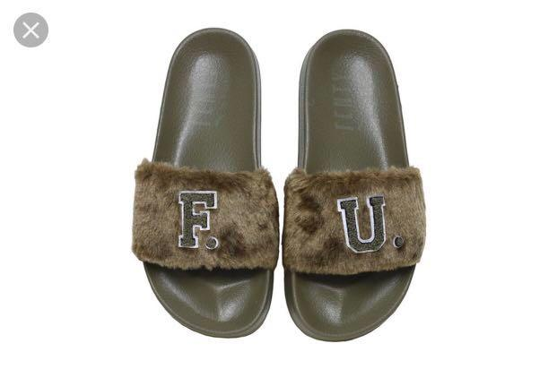 best sneakers 52995 520f7 Puma Fenty Rihanna Furry Slides Slip on Sliders in Olive ...