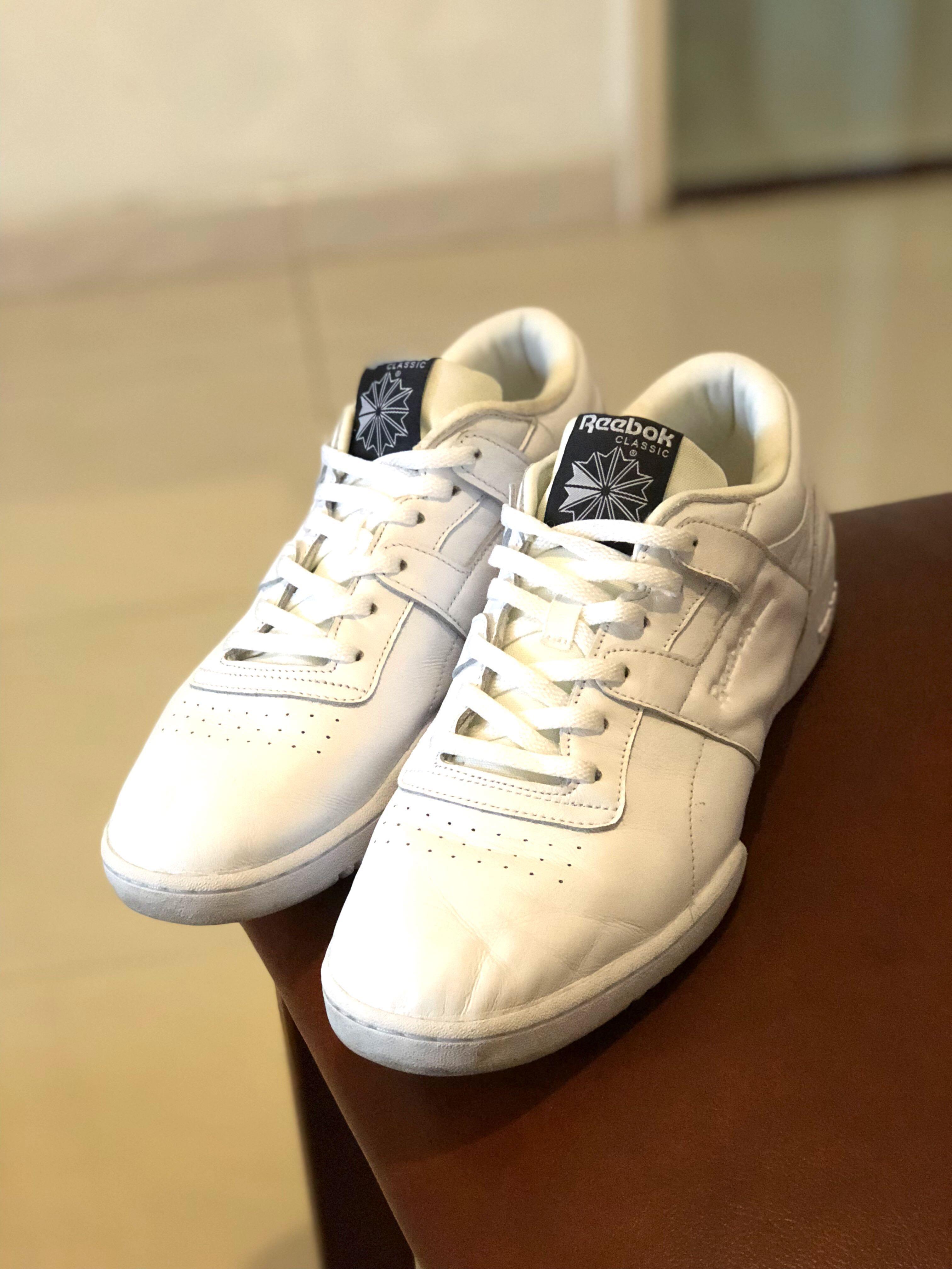 10c223207ca77 Reebok workout clean id lo white sneakers adidas vans nike converse ...