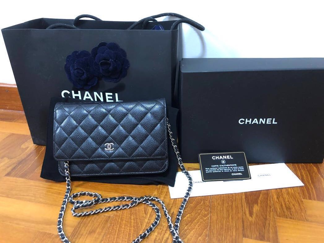 814fbd61ffe5ee Reserved] Chanel Classic Wallet On Chain WOC, Luxury, Bags & Wallets ...