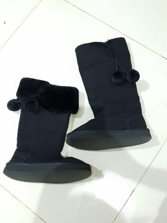 Sepatu winter Boots Zara Girl sz 32