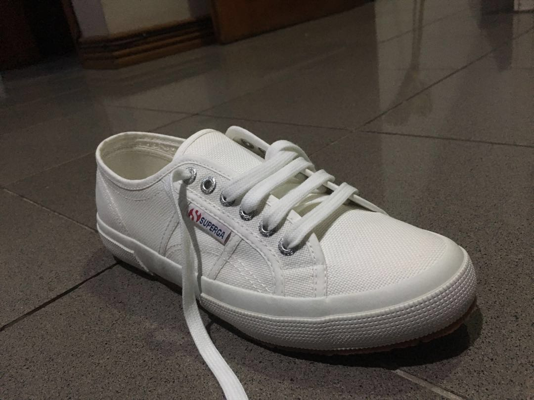 f08f5b13f5cb Superga 2750-Cotu Classic Sneakers, Women's Fashion, Shoes on Carousell