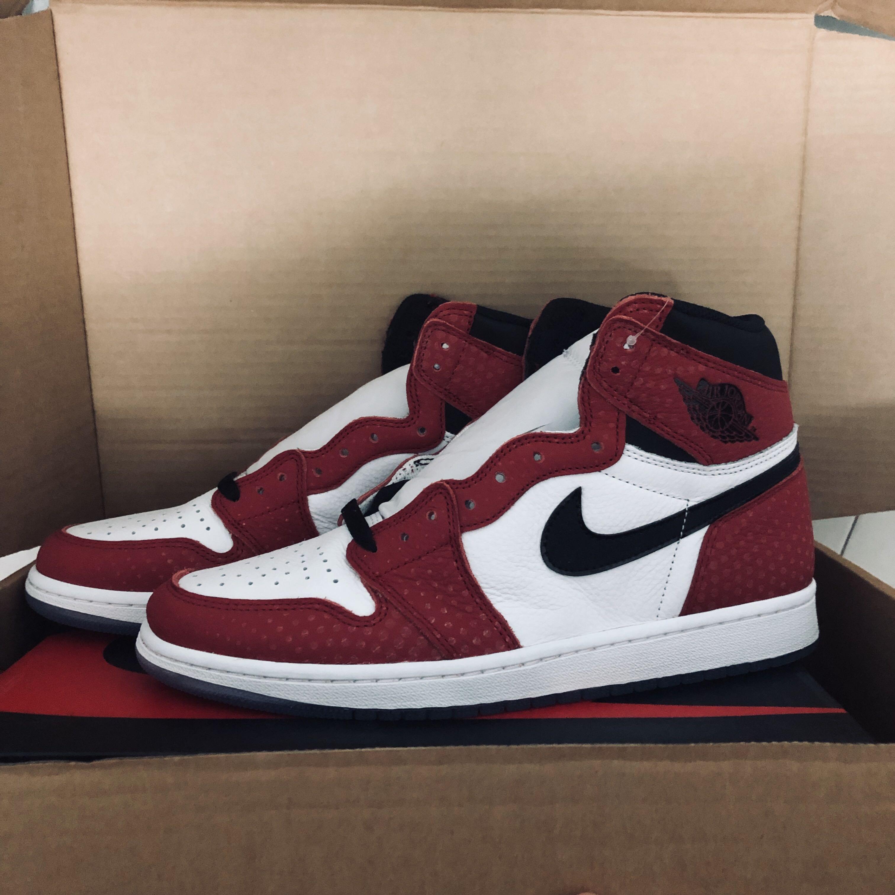 US11) Nike Air Jordan 1 Retro High Og