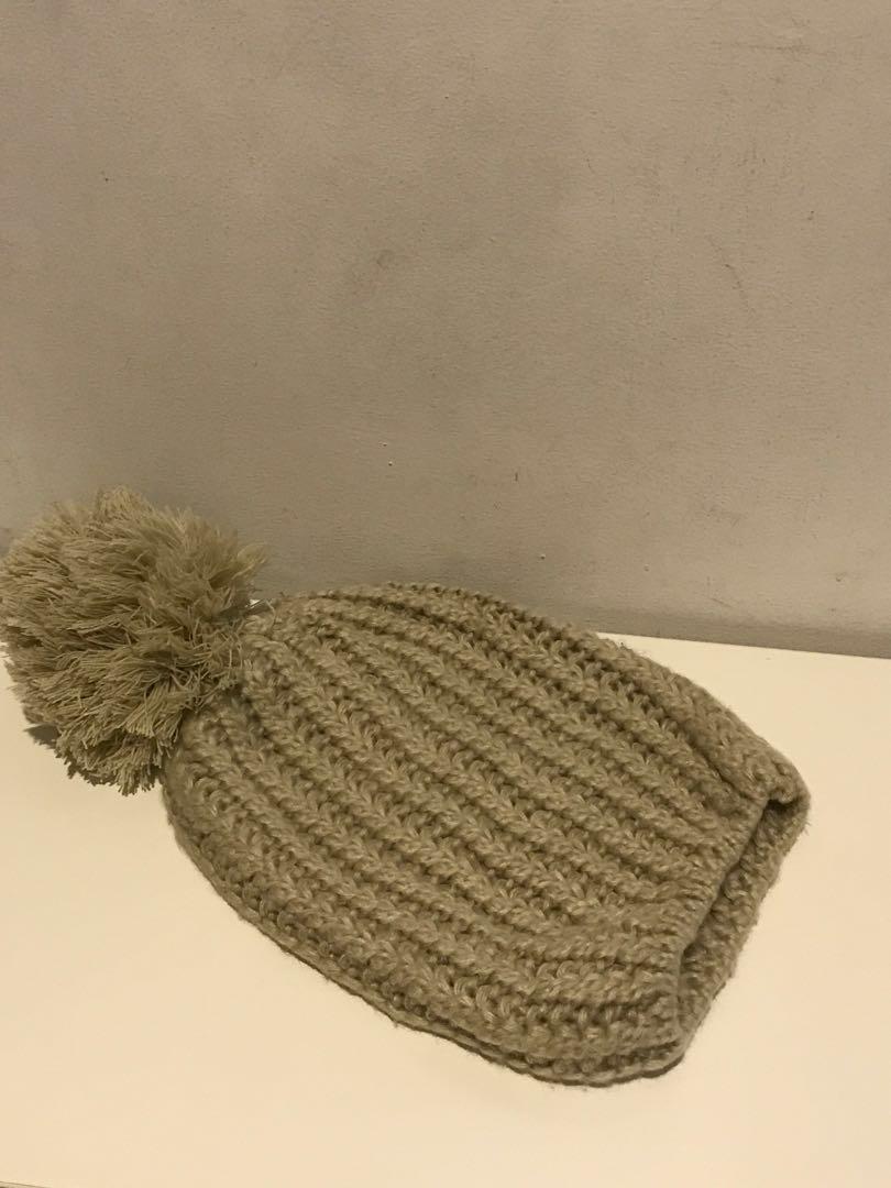 b7df49b7a60 Winter soft head Pom Pom beanie hat