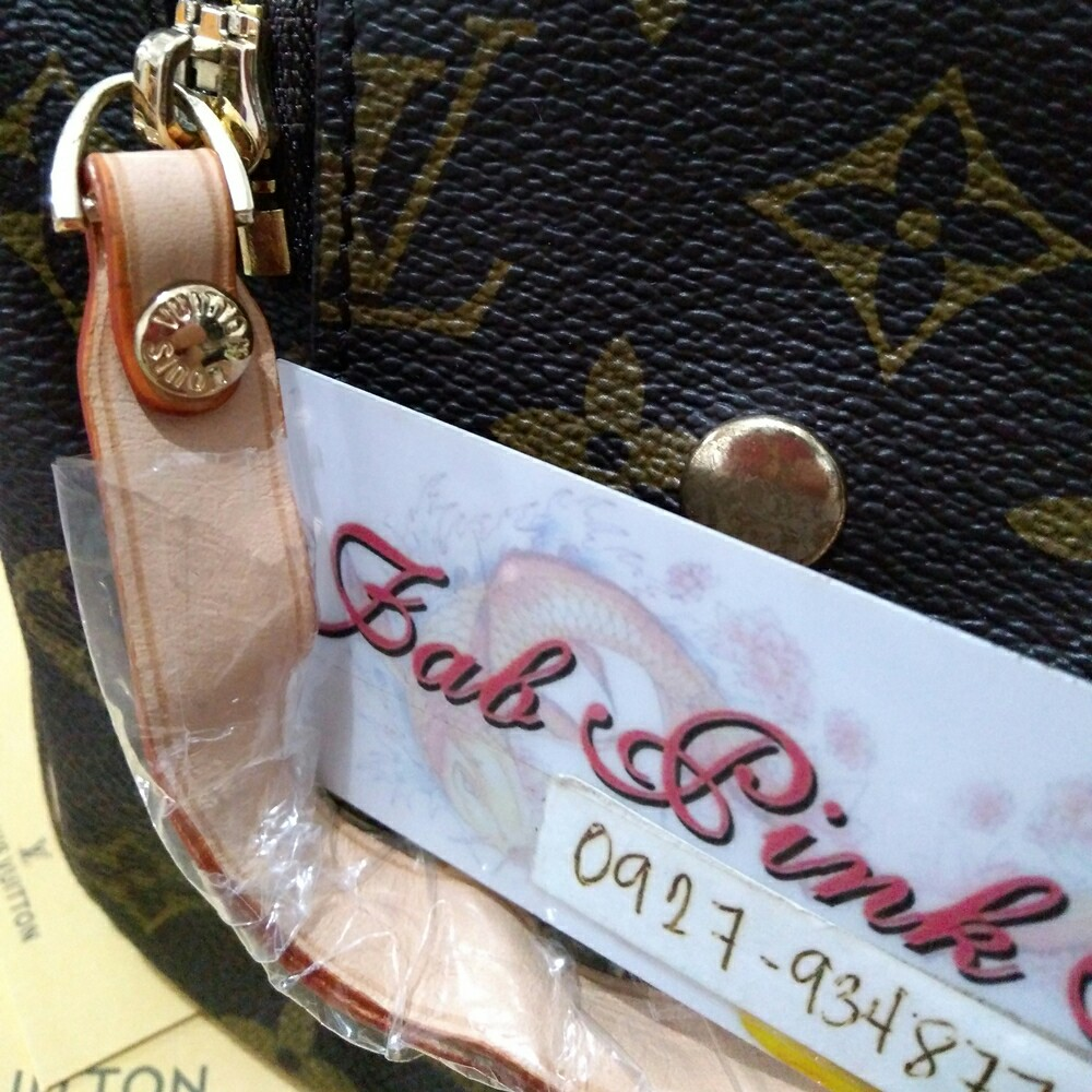 With Serial LV Kikay Bag LV Toiletry Bag LV Monogram, Women s Fashion, Bags    Wallets on Carousell 2887ba31a7