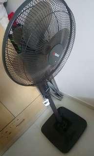 """Mistral Fan 16"""""""
