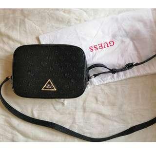 Pre-Loved Original Guess Top Zip Crossbody Bag