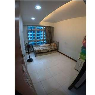 ★★ 211C Well-Renovated Unblocked View Pristine Condition Unit Up for Grab!! ★★