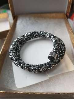 Double wrap energy bracelet