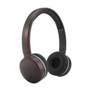 Like new! Wireless bluetooth headphones earphones plum