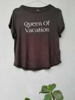 Queen of vacation T-shirt by H&M