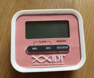 Electronic mini fridge timer