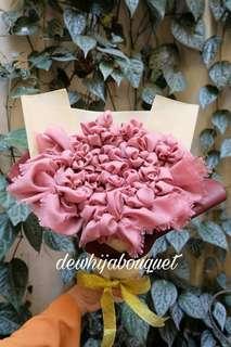 Buket Hijab (jilbab saudi dusty pink)