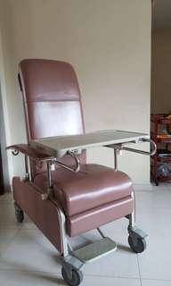 Geriatric chair