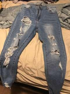Women skinny jean pant size 28 contac me at 2043333412