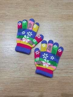 Winter colorfum gloves
