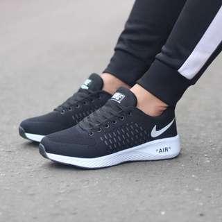 Sepatu scoll pria nike air max fondation made in vietnam