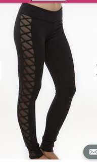 Bnwt kira grace leggings in size xs