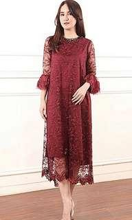FOR RENT ! Amr the label maroon