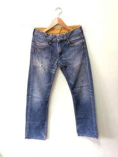 Levi's Jeans 32 inch waist