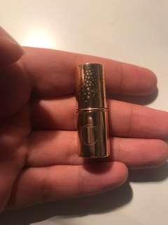 chaelotte tilbury lipstick