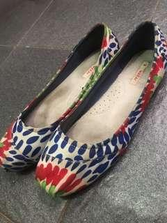 Wakai flat shoes