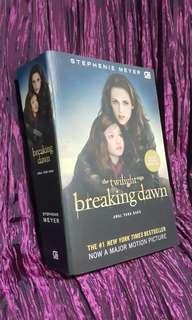 Twilight Breaking Dawn by Stephenie Meyer