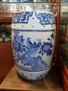 旧,中国青花瓷凳,高46cm*Items Sold Are Non-Returnable & Refundable🙂