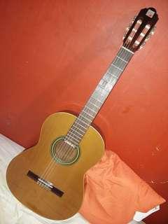 Al Hambra 2C Classical Guitar