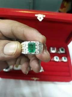 Nataural zambain emerald with 925 silver rings ##size 19 ##
