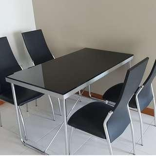 Dining Table ( tempered glass ) and 4 chairs for sales