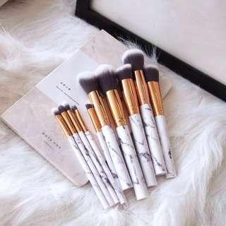 🎁 *FOC Gift Wrap* White Marble Makeup Brush Set