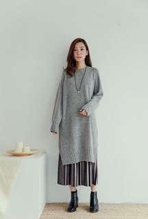 🚚 全新轉賣Rei Shop~坑條下擺開衩羊毛洋裝