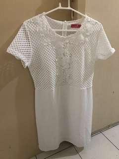 White Dress 599.00