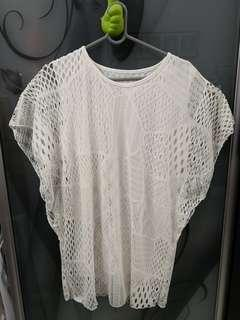 🆕 White Lace Top #XMAS50
