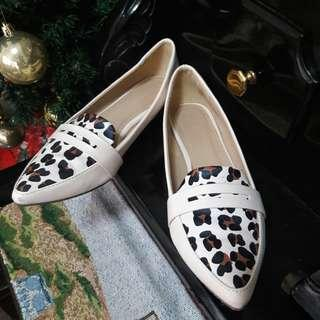 Parisian Loafers (Everything Must Go!)