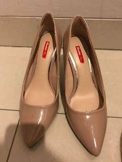 Bata nude heels 5cm
