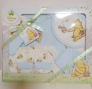 Disney Baby Pooh clothes set