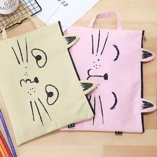 Kitty A4 pouch