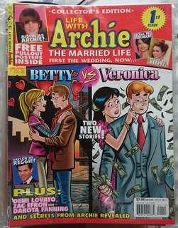 Complete set of the Life with Archie: The Married Life (Comic/Magazine)