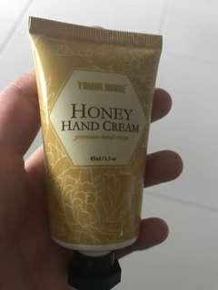Yummi house honey hand cream