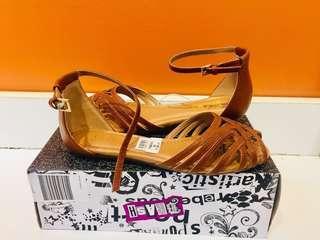 Brash sandals